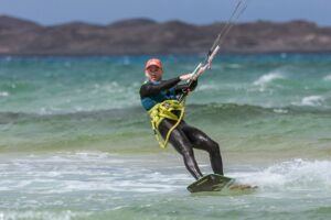 A Guide to Kitesurfing: What you Need to Know